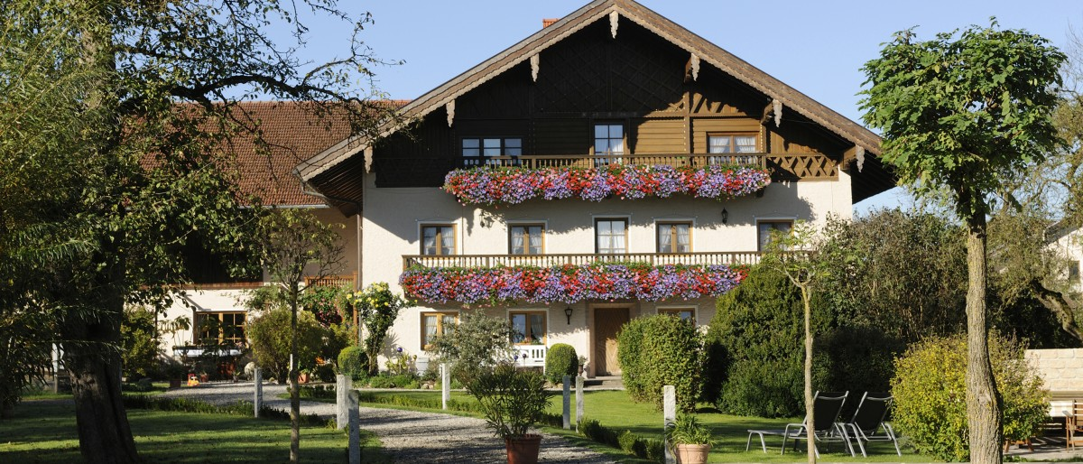 Permalink zu:Huberhof in Tuchtlaching Bayern