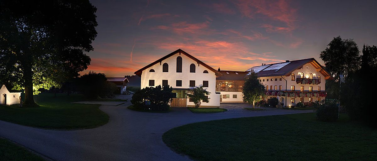 Permalink auf:Esterer Hof in Seeon (Bayern)