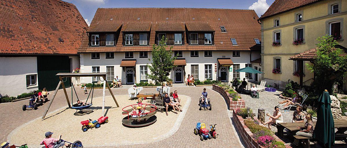 Permalink auf:Steigerwaldhof in Markt Taschendorf (Bayern)